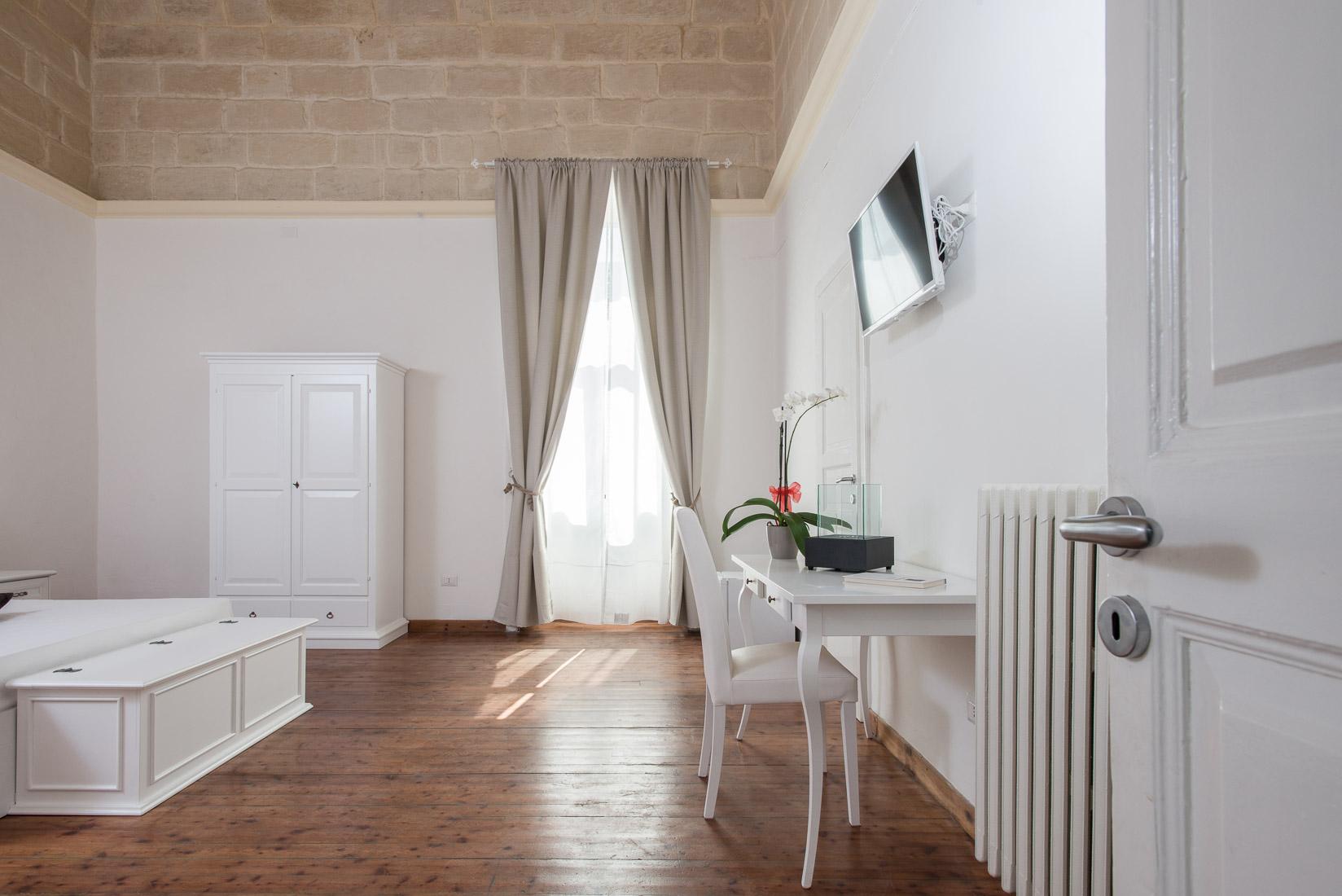 https://www.orlandinifrancesco.com/wp/wp-content/uploads/2019/01/Ada-Suite-Lecce-2.jpg