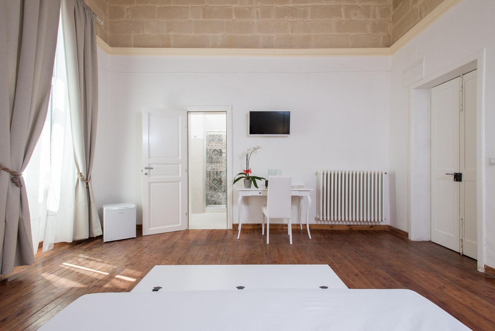 https://www.orlandinifrancesco.com/wp/wp-content/uploads/2019/01/Ada-Suite-Lecce-5.jpg